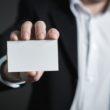 Identyfikatory pracowników – czy łamią prawo?