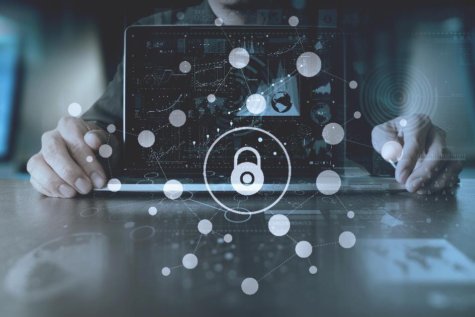Cyberbezpieczni w pracy. Pięć zasad, które powinien znać każdy pracownik